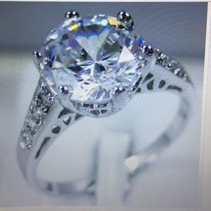 3CT White sapphire white gold filled size 9